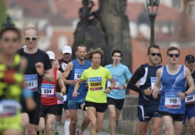 Wirtualny Volkswagen Maraton w Pradze motywuje biegaczy jak nigdy wcześniej!