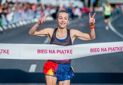 Pobiegnij w biegu towarzyszącym 43. Maratonowi Warszawskiemu – New Balance Biegu na Piątkę lub Bridgestone Sztafecie Maratońskiej